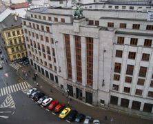 """Jak vypadal začátek intervencí v roce 2013: """"Měnověpolitický experiment"""" rozdělil bankovní radu ČNB"""