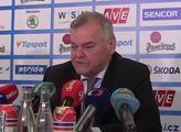 """""""Ta drzost mladých soudit nás za komunismus…"""" Trenér Vladimír Vůjtek o hokeji, politice i dnešku"""