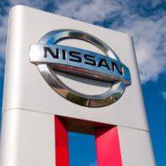 Nissanu po Ghosnově skandálu klesl meziročně čistý zisk o 87,6 procenta. Automobilka plánuje omezení výroby